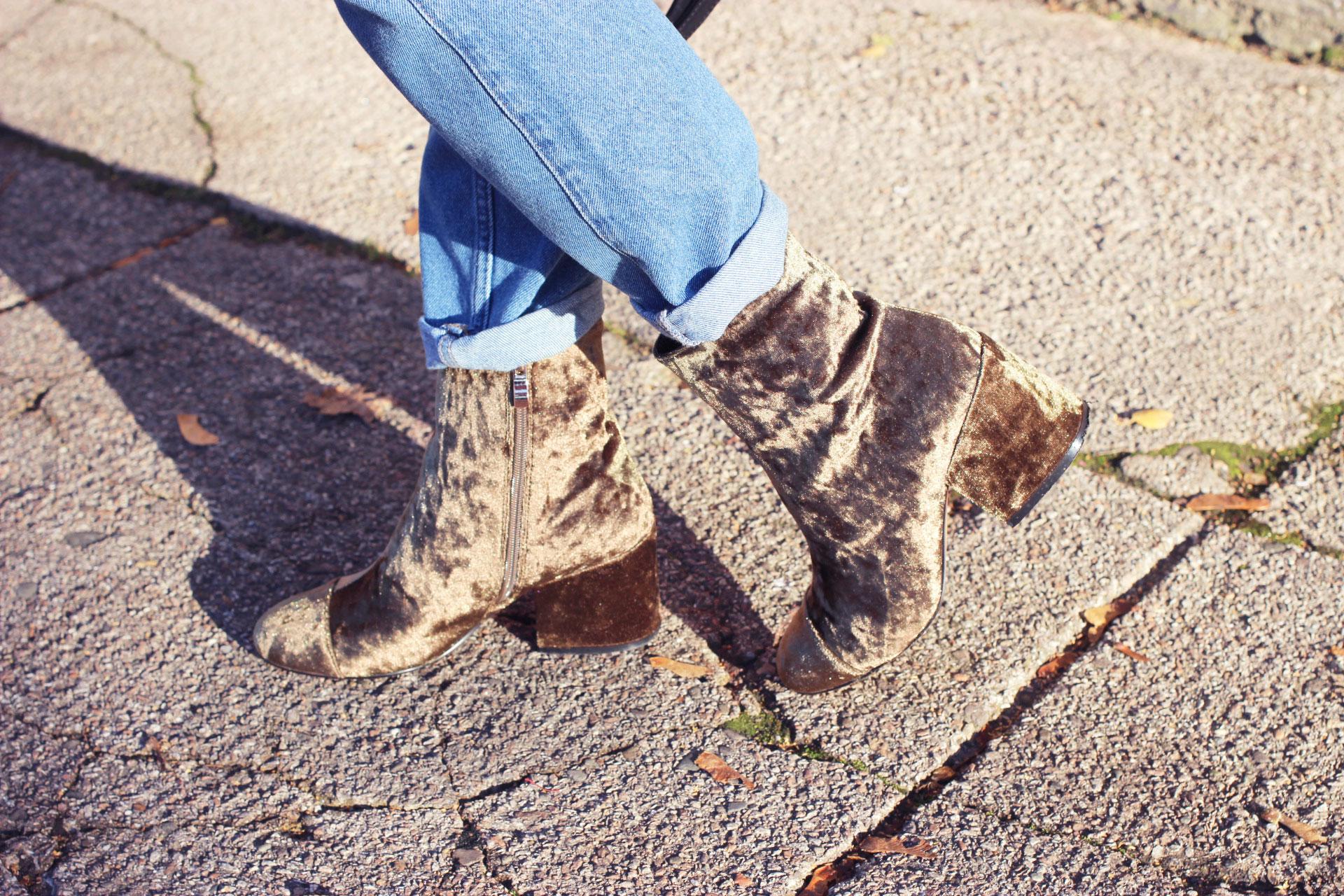 khaki-velvet-boots